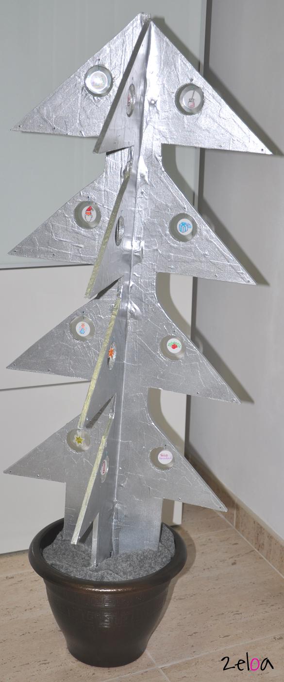 Árbol de Navidad reciclado - 2eloa.com